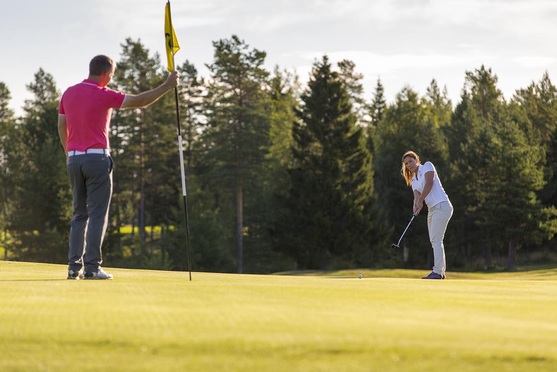 Bli golfvärd på Umeå Golfklubb